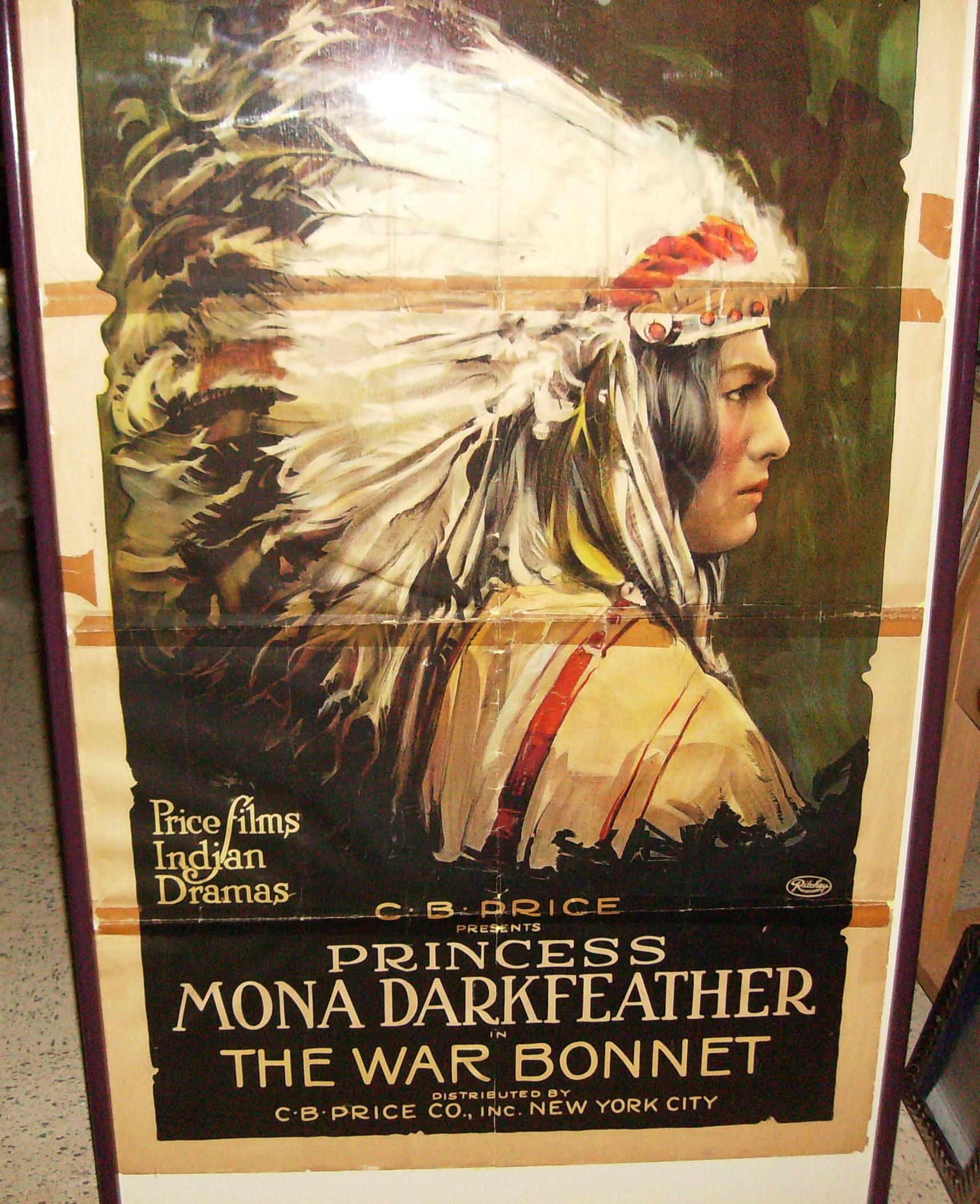 pictures Mona Darkfeather