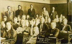 """Banner Class- 8""""A 1914 Central School Hoquiam"""